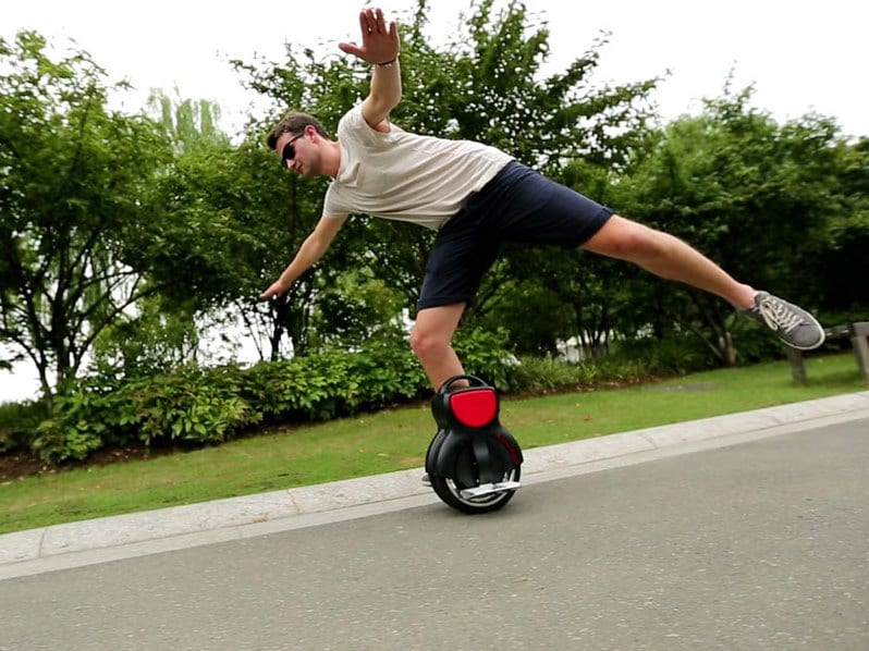 electric unicycle trick one leg