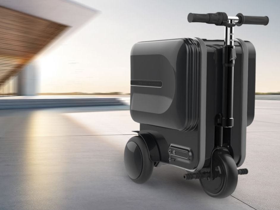 Airwheel SE3 electric suitcase with handles