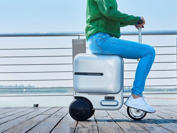 Airwheel SE3 electric rideable