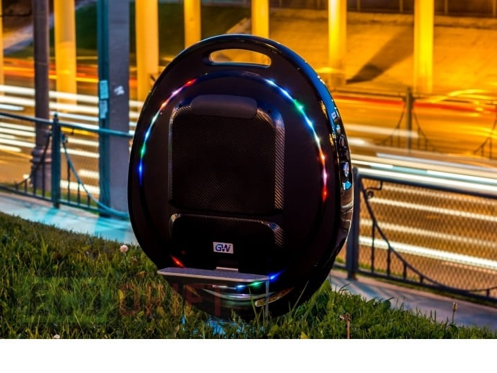 Gotway Tesra V2 electric unicycle outdoors