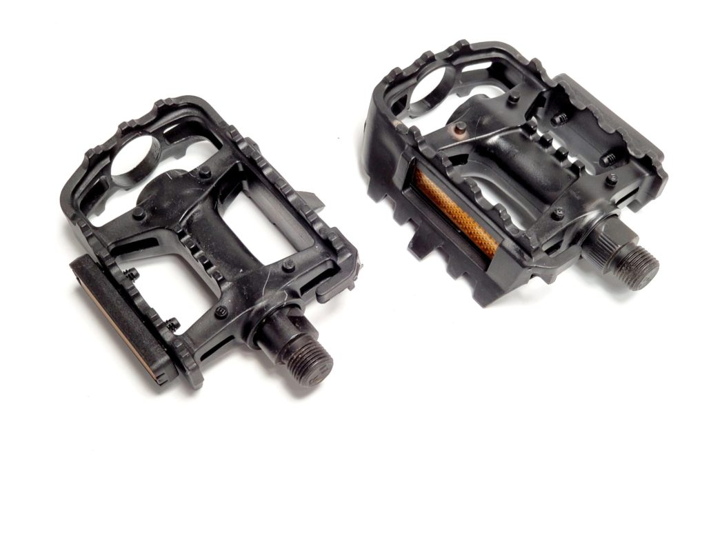 Swivel Pedals scaled